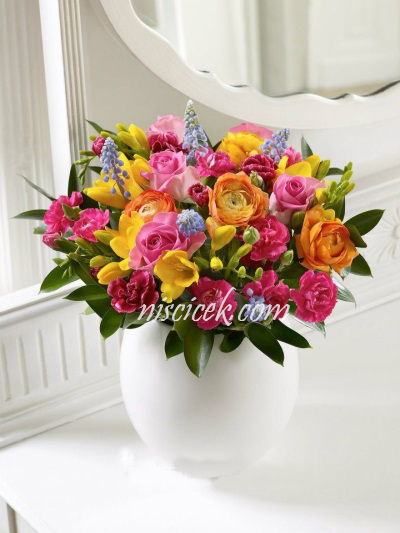 Seramikte Renkli Güller ve Mevsim Çiçekleri - Ürün Kodu:460