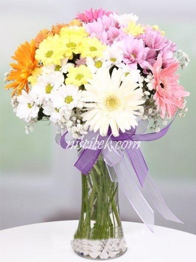 Cam Vazoda Gerbera,Kır Çiçekleri ve Cipsofilya - Ürün Kodu:454