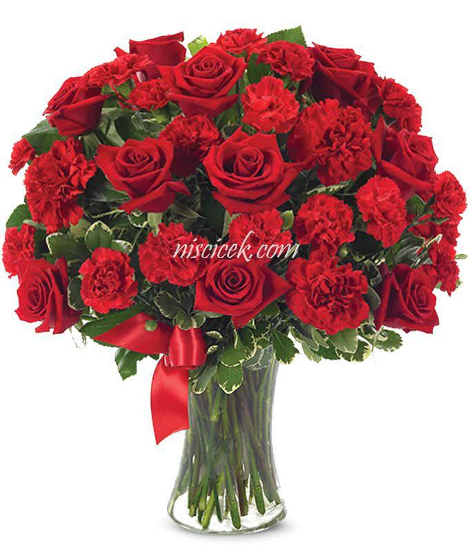 Cam Vazoda Kırmızı Gül ve Kırmızı Karanfil - Ürün Kodu:488