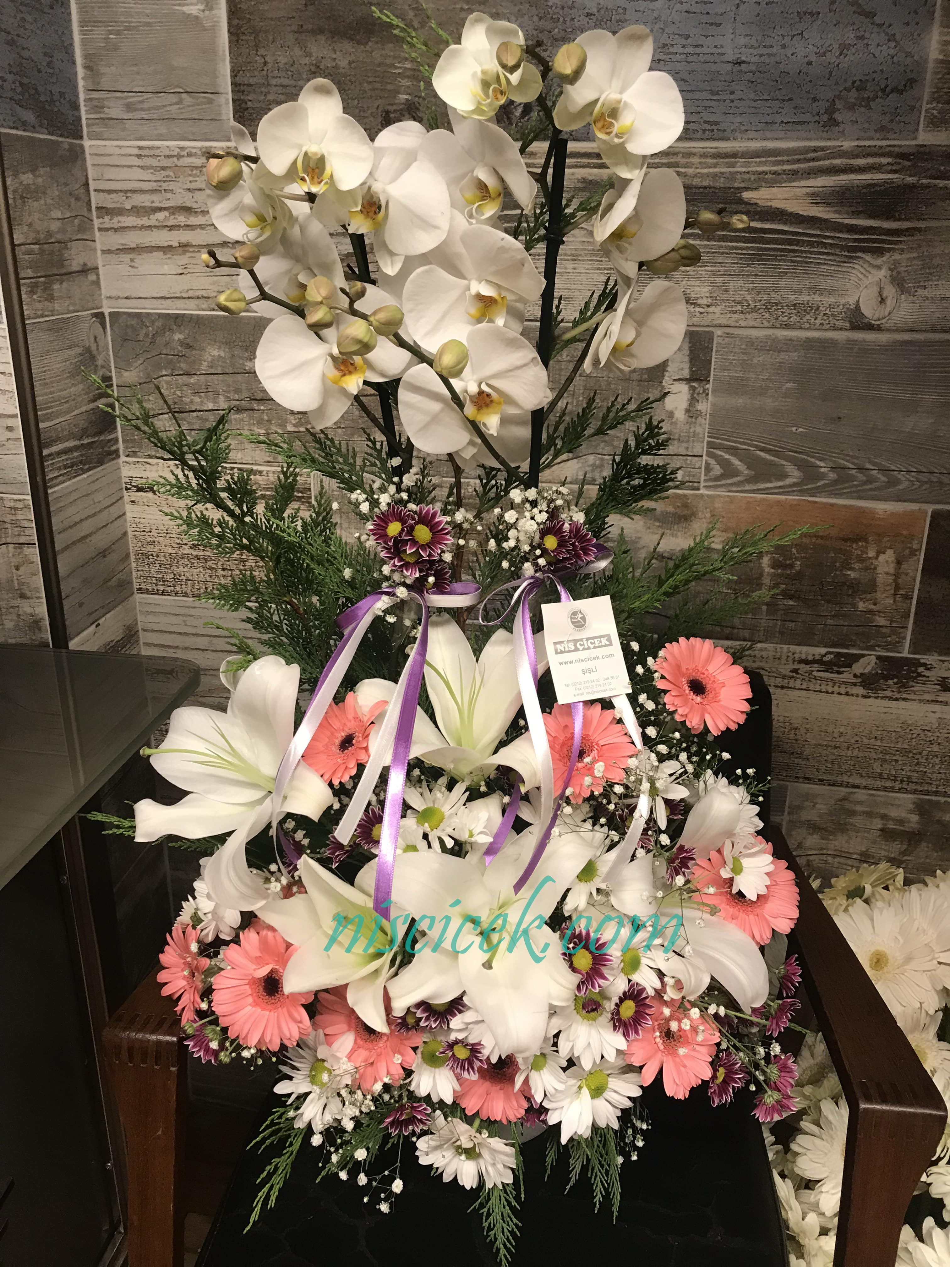 Seramik Saksıda 2 Köklü Beyaz Orkide Lilyumlu Pembe Beyaz Aranjman Tanzim - Ürün Kodu:731