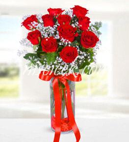 Cam Vazoda 11 Kırmızı Gül ve Cipsofilya - Ürün Kodu:508
