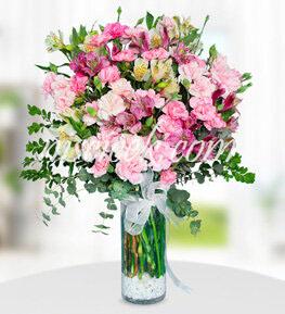 Cam Vazoda Pembe Beyaz Mevsim Çiçekleri - Ürün Kodu:521