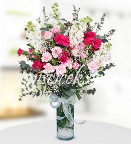 Cam Vazoda Renkli Mevsim Çiçekleri  - Ürün Kodu:522