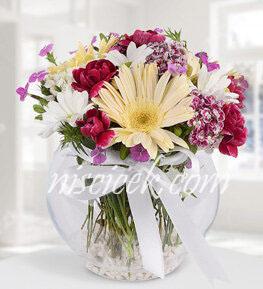 Cam Akvaryumda Pembe Beyaz Mevsim Çiçekleri - Ürün Kodu:543