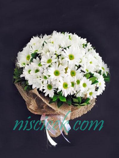 Beyaz Mevsim Çiçekleri Buketi - Ürün Kodu:833
