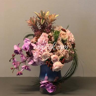 Seramik Saksıda Orkide,Güller ve İthal Bitki Tanzimi - Ürün Kodu:592